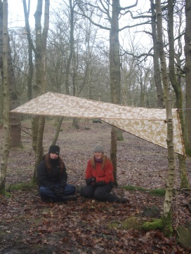 Trainee teachers shelter building